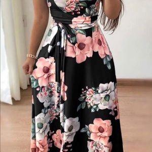 Dresses & Skirts - Ladies XXL Dress